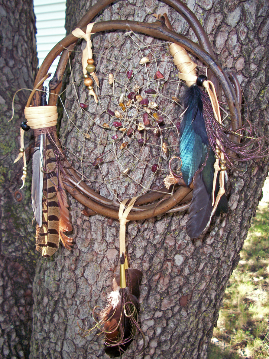 https://www.etsy.com/listing/100019278/dream-catcher-grapevine-natural